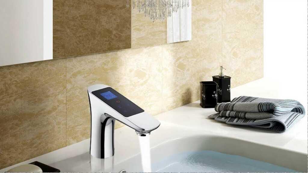 Умные и стильные смесители для ванной комнаты